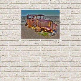 placa decorativa em mdf carro antigo no deserto abandonado com fundo