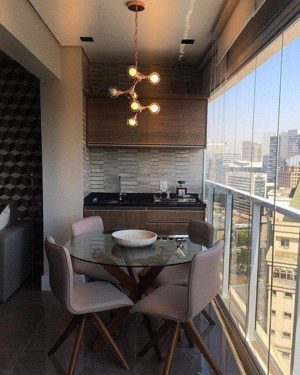 varanda gourmet cadeira marrom