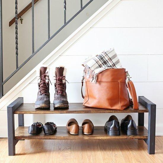 entrada casa prego e martelo feng shui sapatos