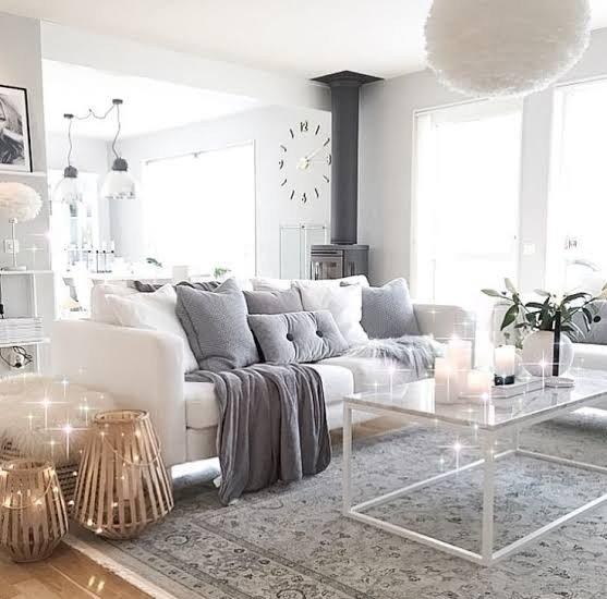 sofa sol prego e martelo