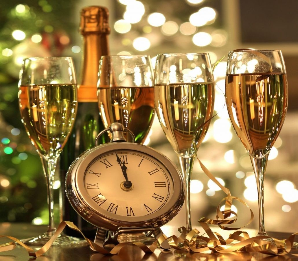 New Years  prego e martelo