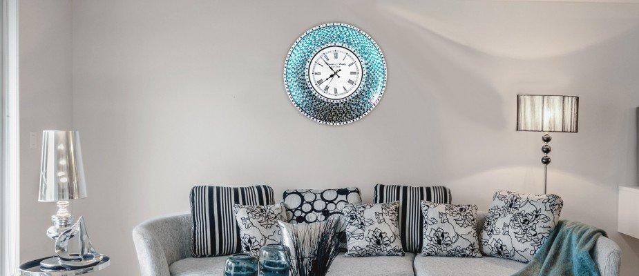 Sua casa bem da hora: tudo sobre decoração com relógios de parede