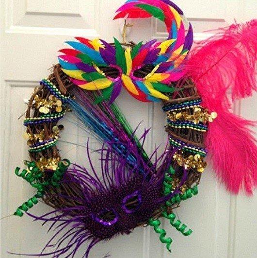 carnaval em casa saiba como decorar prego e martelo