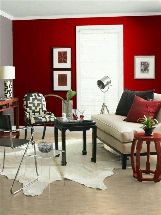 decoracao vermelha parede prego e martelo