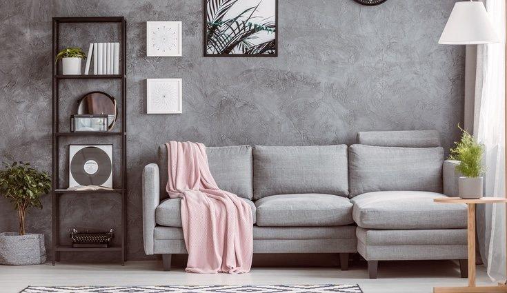 sofa 2 prego e martelo