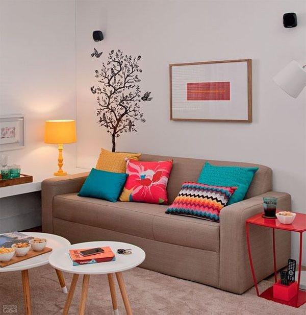 sofa decor alegre prego e martelo
