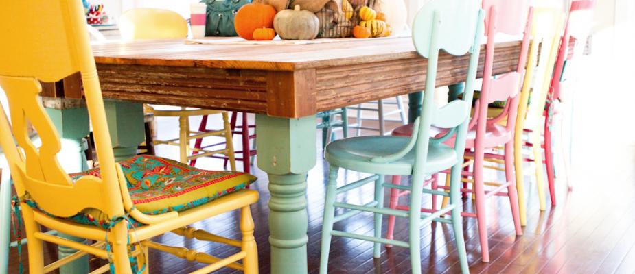 5 truques para você misturar móveis de madeiras e cores diferentes sem medo.