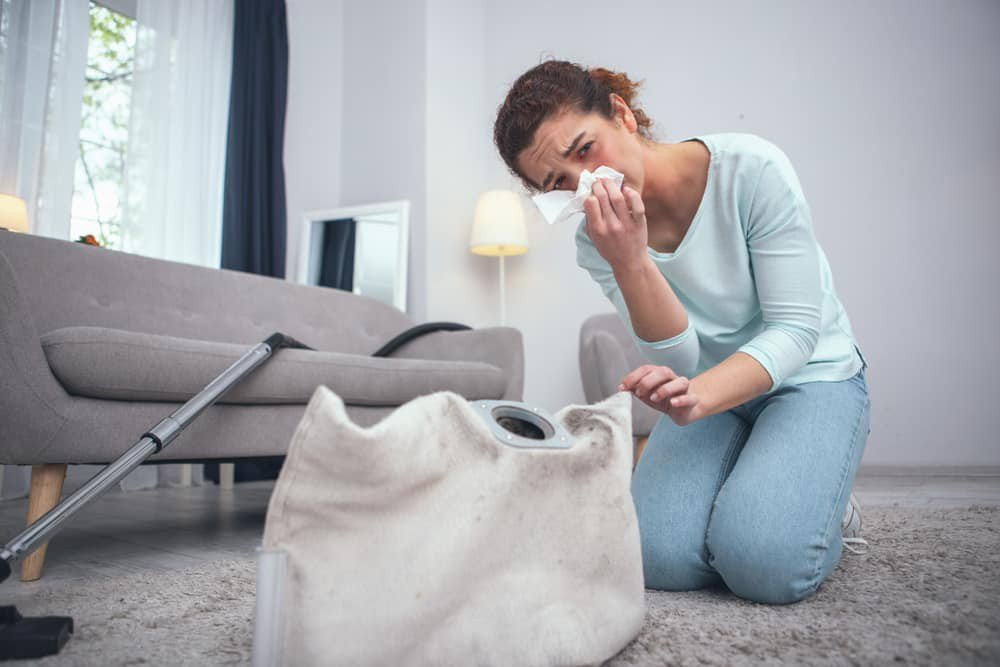 tapete alergia prego e martelo