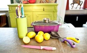 cozinha colorida prego e martelo capa