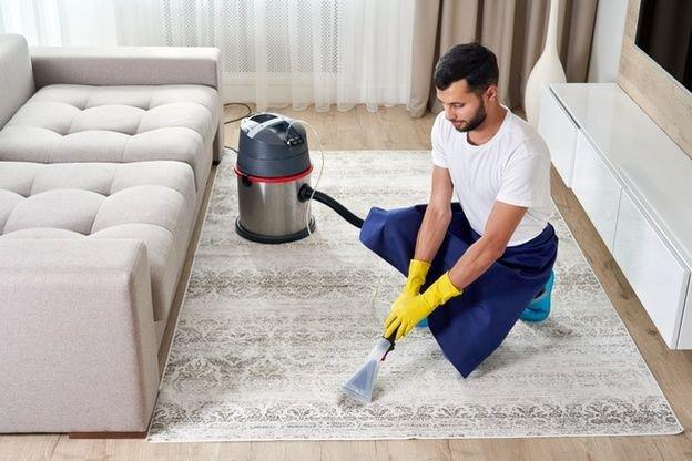 limpeza tapete rinite ite prego e martelo